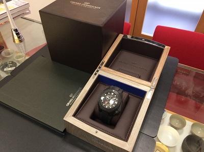 GIRARD-PERREGAUX ジラールペルゴ シーホーク Ref.49960-32-632-FKA6A 腕時計 セラミック 美品 高価買取 宅配買取 西日本