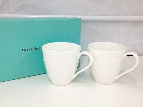 ティファニー(TIFFANY&Co.) ペアカップ ホワイト 陶器 ギフト品 ブランド食器 マルカ 宅配買取り 西日本センター