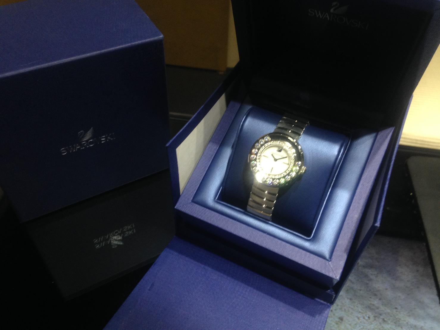 スワロフスキー レディース時計 高価買取