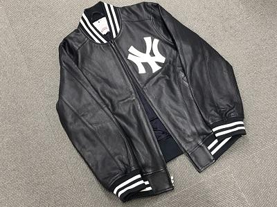 シュプリーム(Supreme)×ヤンキース(Yankees)  LEATHER VARSITY JACKET レザージャケット スタジャン ネイビー #M 2015SS 渋谷 買取