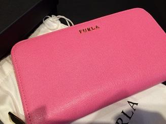 FURLA フルラ ラウンドジップ長財布 PVC ピンク ブランド品 質屋