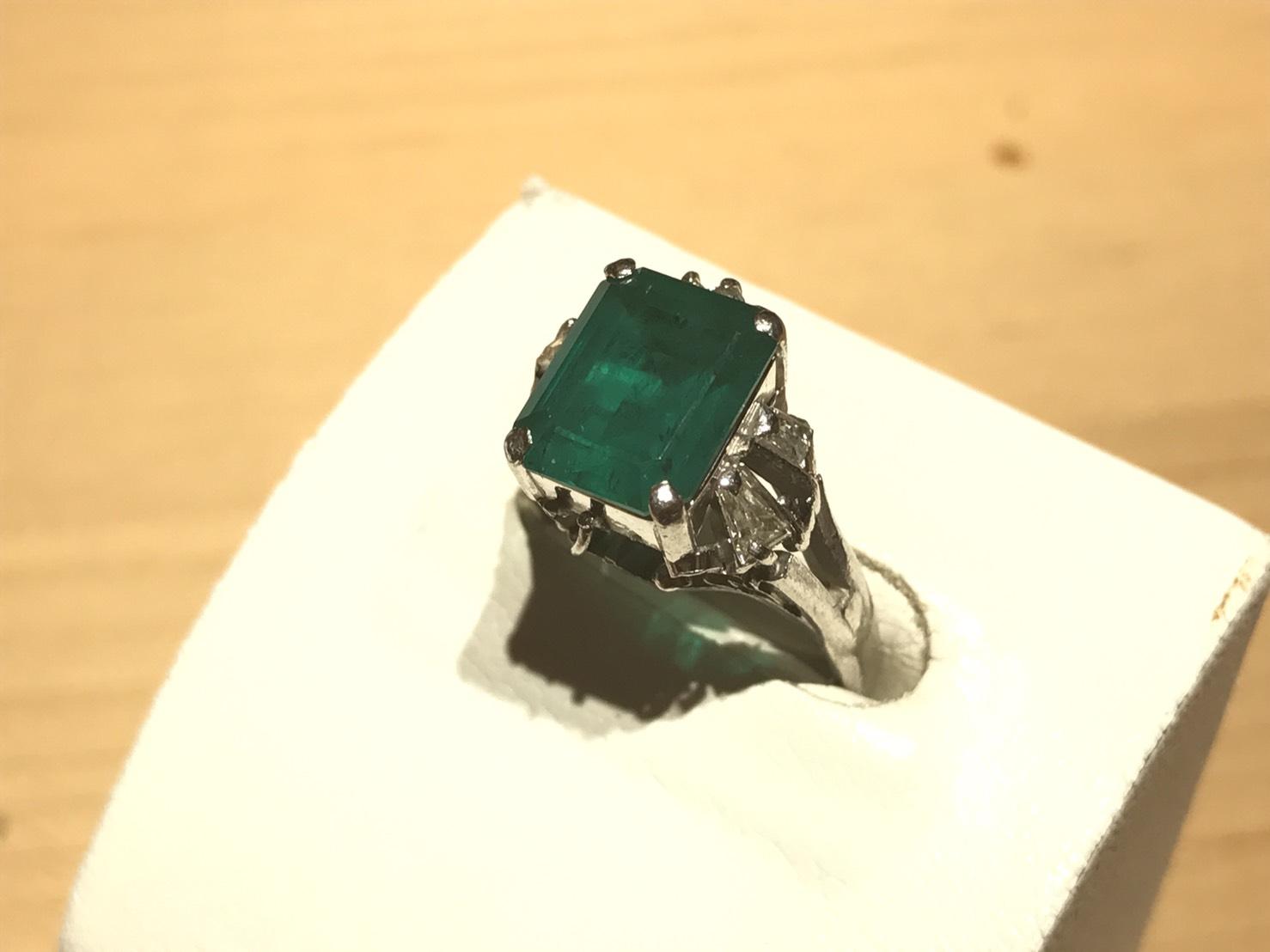 エメラルド リング メレダイヤモンド 指輪 プラチナ ジュエリー 京都 左京区 北山店