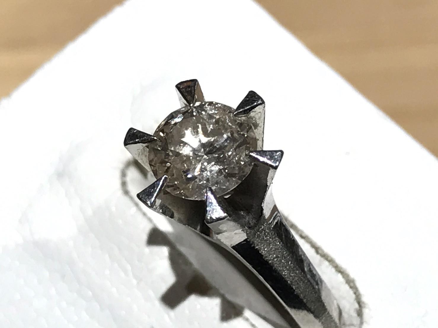 ダイヤモンドリング 0.9カラット 宝石 プラチナ 出張買取