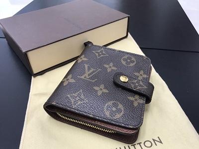 LOUIS VUITTON ルイヴィトン コンパクトジップ モノグラム M61667 財布 中古 美品 高価買取 出張買取