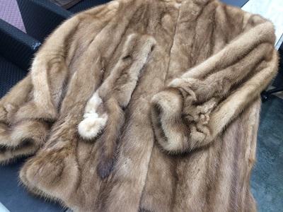 毛皮 ミディアムコート ミンク ベージュ シミあり 出張買取 京都 東京 福岡 兵庫 大阪