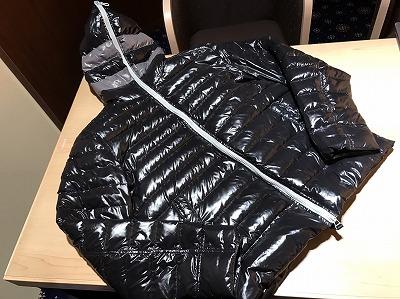 デュベティカ(DUVETICA)ダウンジャケットブラック#46黒高価買取渋谷
