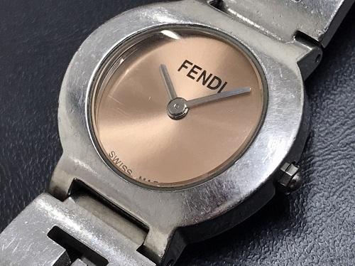 フェンディ(FENDI) レディースウォッチ ピンク文字盤 3050L 出張買取