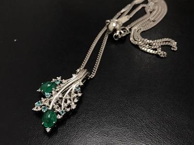 翡翠 2.11ct メレダイヤモンド 0.36ct ブルートパーズ 0.22ct ネックレス Pt850 プラチナ 宝石 高価買取 出張買取