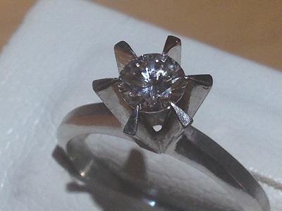 プラチナダイヤモンドリング 0.4カラット