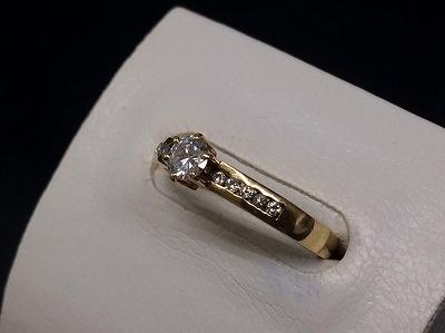 ダイヤモンドリング 18金 0.3CT