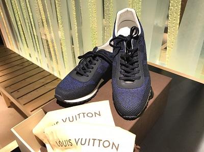 ヴィトン(Louis Vuitton)ランアウェイラインスニーカーブルー未使用 東京 買取
