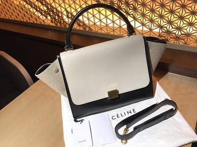 セリーヌ(CELINE)トラペーズ16593カーフ×レザー買取 東京 渋谷