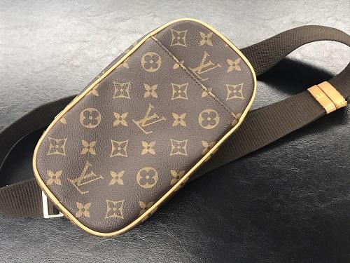 ルイヴィトン ポシェットガンジュ モノグラム M51870 中古品 美品