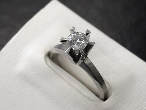 ダイヤモンドリング プラチナ ダイヤ0.4カラット Pt900