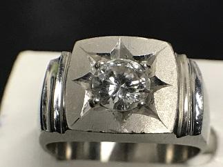 ダイヤモンドリング プラチナ 0.7ct ジュエリー 宝石買取 質屋 福岡 天神 博多