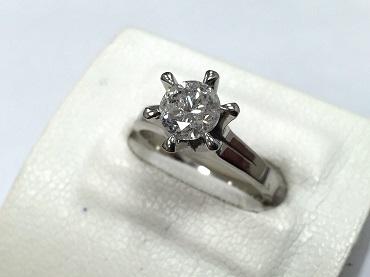 ダイヤモンドリング プラチナ 0.8ct 立爪 指輪 宝石買取 福岡天神 博多 質屋