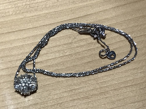 ペンダント ネックレス プラチナ Pt ダイヤモンド(DIAMOND) ダイヤ 宝飾品 宝石