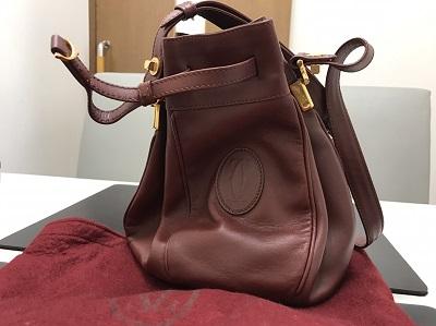 Cartier カルティエ 巾着バッグ カーフ ボルドー 中古 高価買取 出張買取