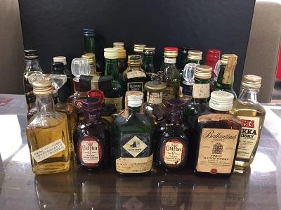 ウイスキー ブランデー ミニチュアボトル27本 買取 お酒買取 三宮 元町 神戸