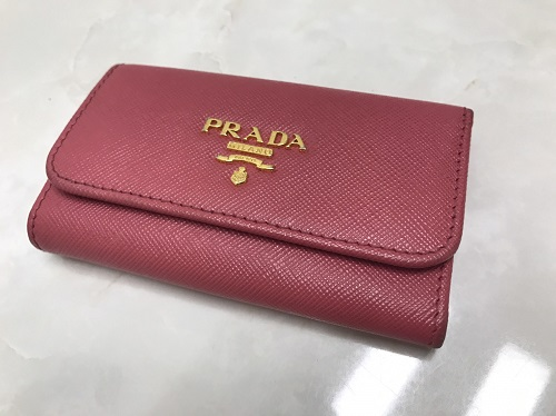 プラダ (PRADA)  キーケース レザー ピンク 中古品