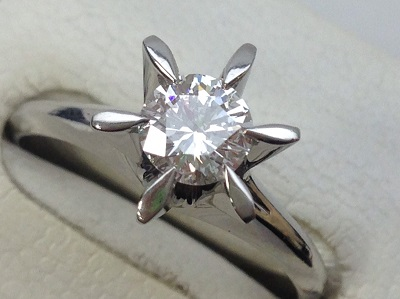 立爪 ラウンドブリリアントカット 0.523ct プラチナ ダイヤモンド リング ダイヤモンド買取 三宮 元町 神戸