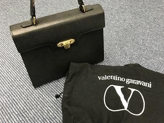 Valentino Garavani ヴァレンティノ ガラヴァーニ ハンドバッグ 宅配買取