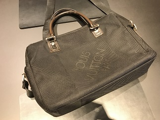 LOUIS VUITTON ルイヴィトン ヤック ジェアン 難あり ブランドバッグ買取 福岡 天神 博多 質屋
