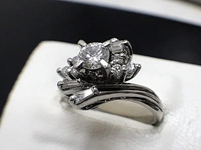 ダイヤモンド 0.26ct メレダイヤモンド 0.28ct リング Pt900 プラチナ 宝石 高価買取 七条店