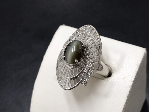クリソベリルキャッツアイ プラチナリング Pt900 3カラット メレダイヤモンド 宝石