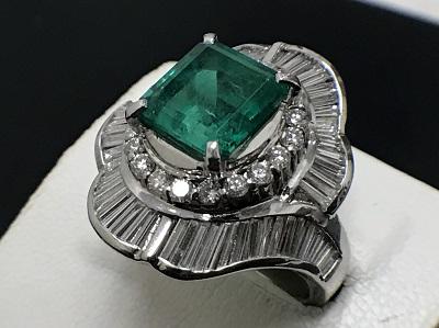 エメラルド 3.78ct メレダイヤモンド 2.20ct リング Pt900 プラチナ 宝石 高価買取 七条店