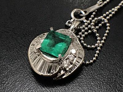 エメラルド 1.34ct メレダイヤモンド 0.97ct ネックレス Pt900 宝石 高価買取 出張買取
