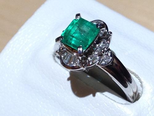 エメラルドリング ダイヤモンド プラチナ Pt900 宝石 ジュエリー 強化買取