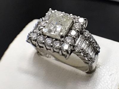 ダイヤモンド 2.015ct メレダイヤモンド 1.41ct リング Pt900 プラチナ 宝石 高価買取 七条店