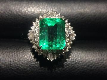 エメラルドリング プラチナ ダイヤモンド 3.91カラット 宝石買取 福岡 質屋 天神 博多