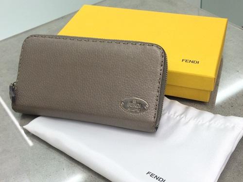 フェンディ(FENDI) ラウンドファスナー財布 セレリア グレー 京都大宮店