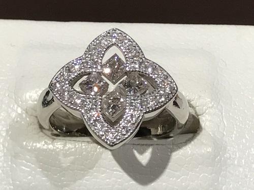指輪 ダイヤモンド プラチナ リング プリンセス ラウンド メレ