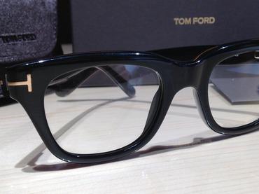 トムフォード(TOMFORD)メガネ 伊達眼鏡 TF5178 黒縁