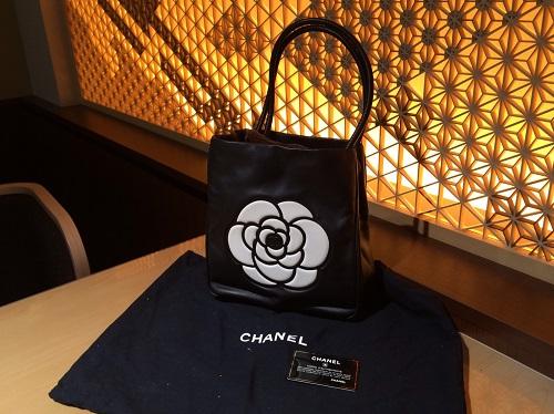 シャネル CHANEL カメリアトートバッグ レザー ブラック ブランド買取 渋谷