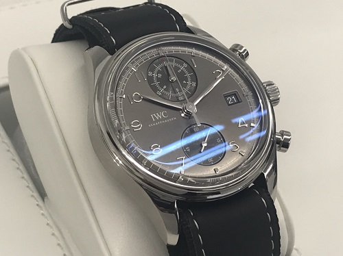 IWC(International Watch Company)買取 ポルトギーゼ クロノグラフ クラシック IW390404 保証書無 宅配