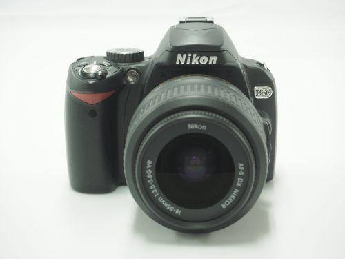 Nikon ニコン D60 AF-S 18-55mm 3.5-5.6G VR デジタル一眼レフカメラ 京都 買取