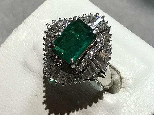 エメラルド 宝石 指輪 ダイヤ 買取 京都 リング 四条 烏丸 河原町