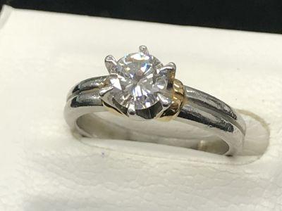 ダイヤモンド買取 宝石・貴金属売るなら大阪南船場、四ツ橋のMARUKA心斎橋店