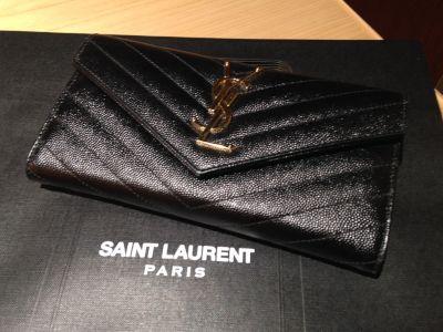 サンローラン Saint Laurent 二つ折り長財布 ブラック レザー