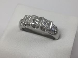 プリンセスダイヤモンドリング買取 1.00CT PT900 5.7g銀座・渋谷・有楽町