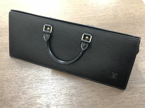 ルイヴィトン買取 バッグ サックトリアングル エピ M52092 京都四条河原町マルイ店
