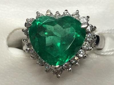 ハートシェイプ エメラルド買取 5.11ct ダイヤモンド買取 1.00ct リング PT900 エメラルド売却も京都 MARUKA大宮店へ