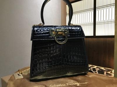 フェラガモ 買取 マルカ(MARUKA) 銀座本店 歌舞伎座から徒歩7分 クロコバッグ高額査定