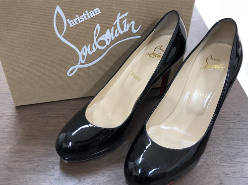 クリスチャンルブタン買取 レディースパンプス 黒 パテント 靴 ブランド買取 京都 四条河原町