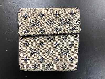 ブランド財布使い込んでいても買取可能なのは祇園四条河原町マルカマルイ店
