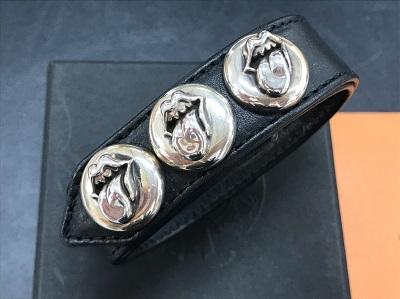 クロムハーツ 3ボタン2スナップ ブレスレット リップ&タン インボイス有 クロムハーツ売却 京都 東京 大阪 神戸 福岡